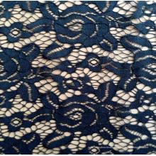 Cordón africano floral negro de la tela del ganchillo