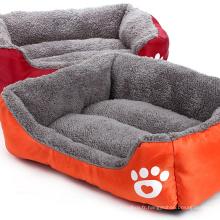 Lit en peluche de style canapé pour chien et chat