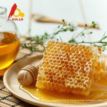 Peigne naturel de miel d'abeille pure pour des acheteurs