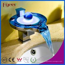 Nouveau robinet de bassin en laiton de cascade de LED de puissance autonome (FD15050F)