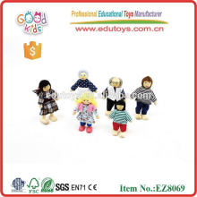 2015 New Design Kids Wooden Toy Family Member Dolls Toys