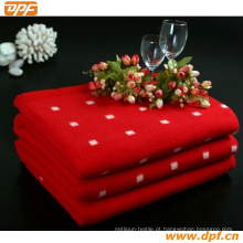 Cobertor redondo branco vermelho