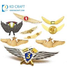 Free Sample Personalizado Kuwait Gun Logo Rainbow Rose UAE Button Collar Badge Custom Make 3D Enamel Pilot Wings Blank Metal Pin Badge with Your Own Design