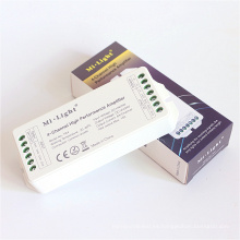 Amplificador de alto rendimiento Mi Light DC 12V / 24V 6A de 4 canales para luces LED de tiras de un solo color / RGB / RGBW
