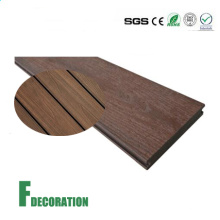 Assoalho de Decking composto plástico de madeira impermeável da co-extrusão