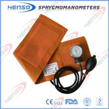 CE-Zulassung Aneroid Blutdruckmessgerät ohne D-Ring, PVC-Glühbirne und Tasche