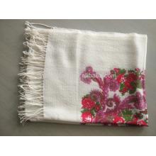 Foulard imprimé en laine