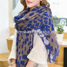 Ladies' fashion leopard print infinity scarf made of slub cotton