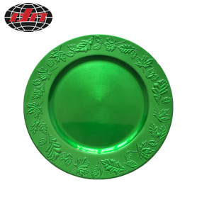 Green Leaf Pattern Plastic Plate With Metallic Finish