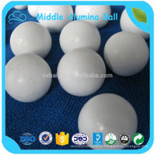 Boule en céramique d'alumine de boule d'alumine / boule moyenne d'alumine de meulage