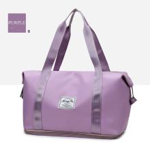 2020 new arrival fashion portable woman waterproof gym sport workout bag travel duffle bag