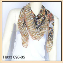 stylish autumn scarves for women