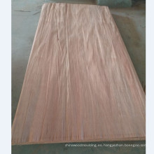 Uso decorativo de chapas frontales y chapas de madera natural PLB