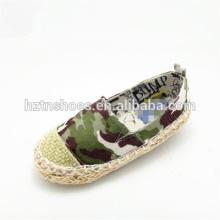 Chaussures décontractées pour enfants à rayures et chaussures en toile de camouflage Chaussures en espadrille pour filles