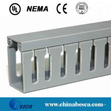 Trunking de cabo entalhado branco / cinzento do PVC (UL, IEC, GV e CE)