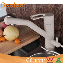 Zeitgemäßen Luxus Messing Filtration weißen Marmor Wasserhahn Küchenarmatur mit Schwenkauslauf