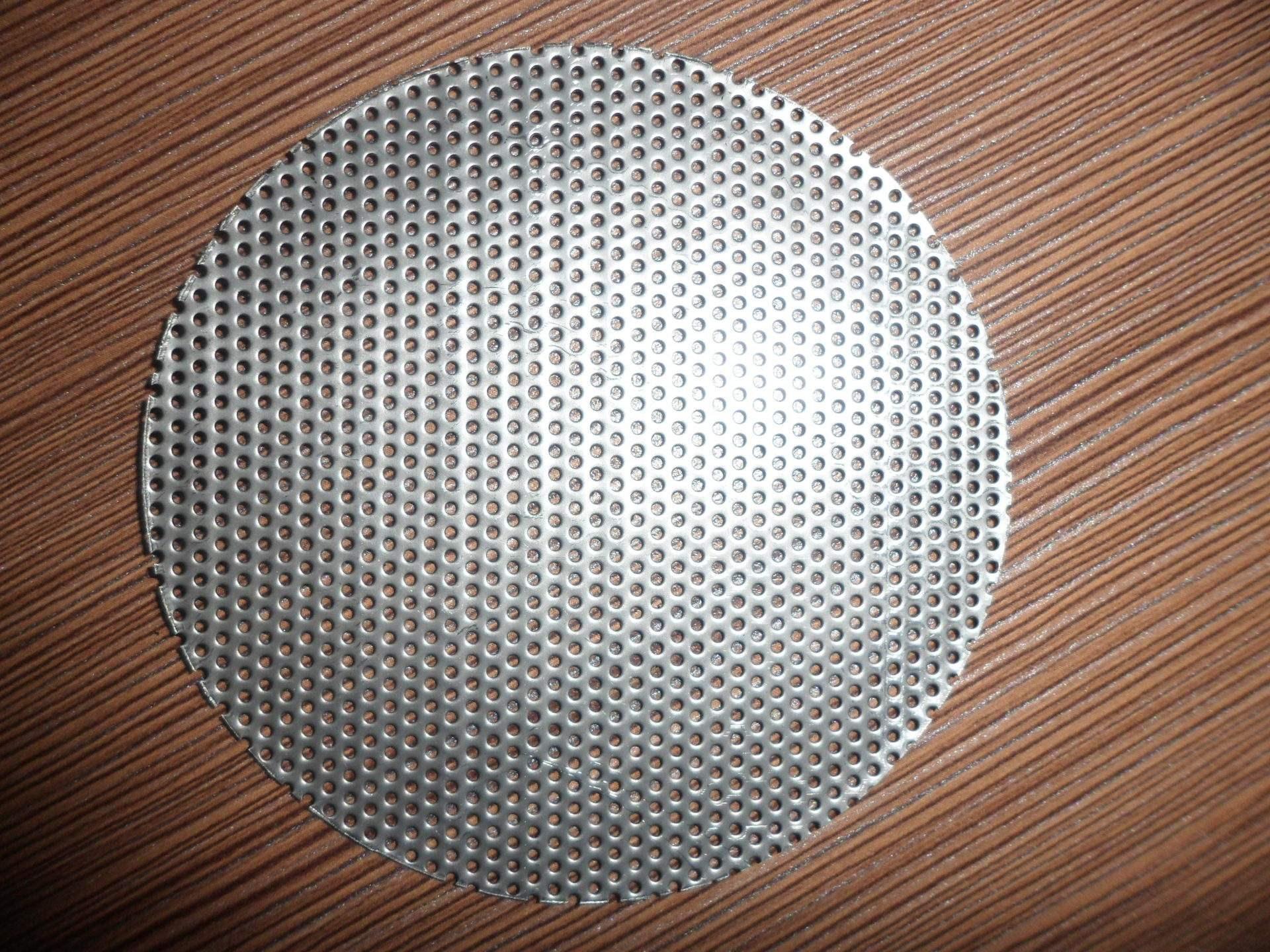 perforated mesh disc