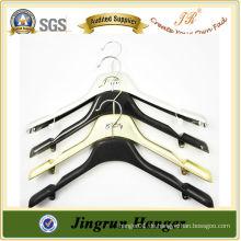 Alibaba Website Beliebte Metall Haken Kunststoff Kleiderbügel für Hochzeitskleid