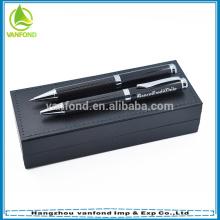 Fibra de carbono luxo projetado destaque rolo metal gravadas canetas