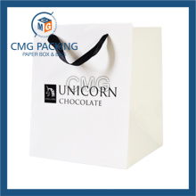 Pure White Matt Lamination Cosmetic Packing Paper Bag (DM-GPBB-157)
