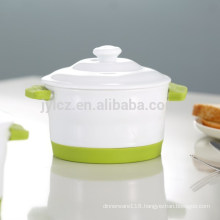 Ceramic Mini casserole with silicone handle and base
