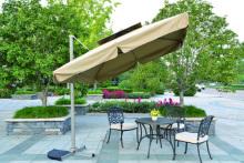 럭셔리 안뜰 우산의 우산을 가진 정원 가구