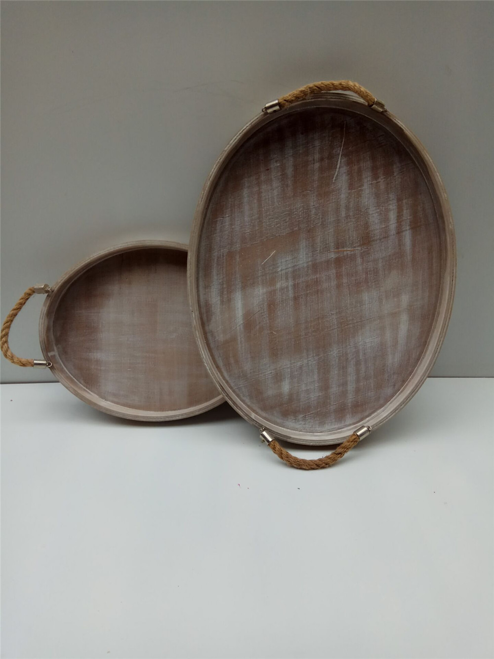 outdoor picnic woodn dish