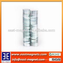 La tierra rara de alta calidad permanente de 2 mm de grosor disco NdFeB Magnet