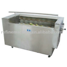 Kimchi vegetable washing and peeling machine