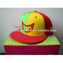 2014 мода пользовательские вышивки 5 панелей Snapback шляпы