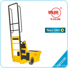 China for Battery Pallet Truck QDD25R electric stock tractor export to Guatemala Suppliers