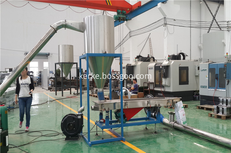 air cooling hot cuuting extruder