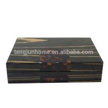 Nouvelle boîte à bijoux en bois design avec coque