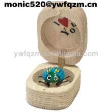 sacapuntas de madera de la mariquita