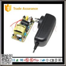 YHY-19001000 19V 1A Fuente de alimentación del adaptador de corriente continua del motor de 19W dc