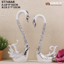 Decoración casera de China decoración al por mayor plateado de plata cisne estatuas para la decoración de la boda