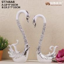China Decoração para casa Revestimento de resina por atacado Prata Estátuas de cisnes para decoração de casamentos