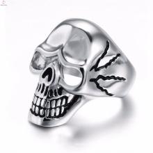 Prix de gros vente chaude en acier inoxydable biker crâne punk anneau