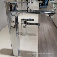 Hot And Cold Water Mixer Bathroom  countertop Basin faucet
