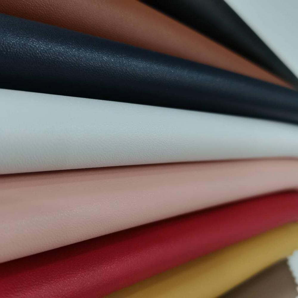 Polychrome Fine And Smooth Pu Leather
