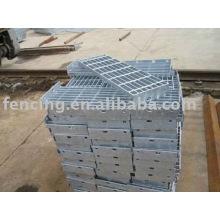 стальные решетки плиты