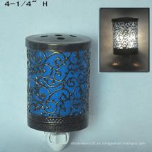 Enchufe de metal eléctrico en el calentador de luz nocturna-15CE00890
