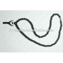 Collier à perles clés à l'hématite magnétique