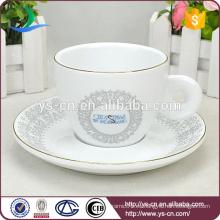 Venta al por mayor Decal elegante Copa de cerámica y platillo