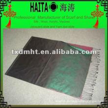 El mantón de seda puro elegante de la bufanda tres colorea el tono