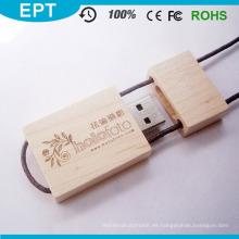 Insignia 3D de grabado en madera Unidad flash USB con logotipo (TW013)