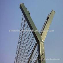 Razor arame farpado postes de fronteira e vedação prisão