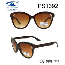 2017 Fashionable Brown Frame Elegant Sunglasses (PS1392)
