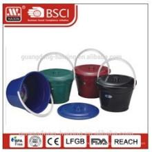 plastic bucket w/lid 4L