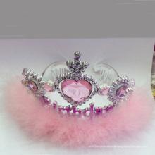 Neue rosa Plastikfee, die metallische Prinzessin Tiara Crown blinkt